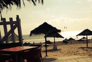 43A La plus grande plage gay d Europe n est pas à Mykonos la plage 19 se trouve sur les 10 km de sab